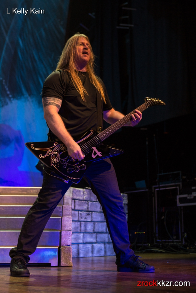 AMONAMARTH LKellyKain 22